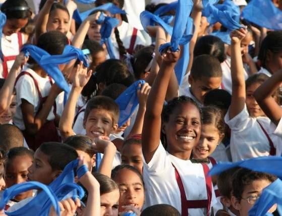 20130117171637-16aem-pioneros-cubanos.jpg