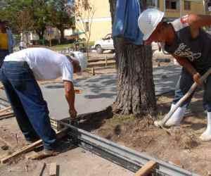 20121206001517-06aem-constructores-recuperacion.jpg